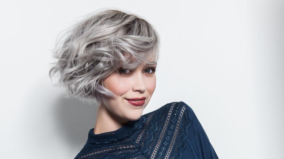 La meilleure coupe de cheveux courte pour des cheveux