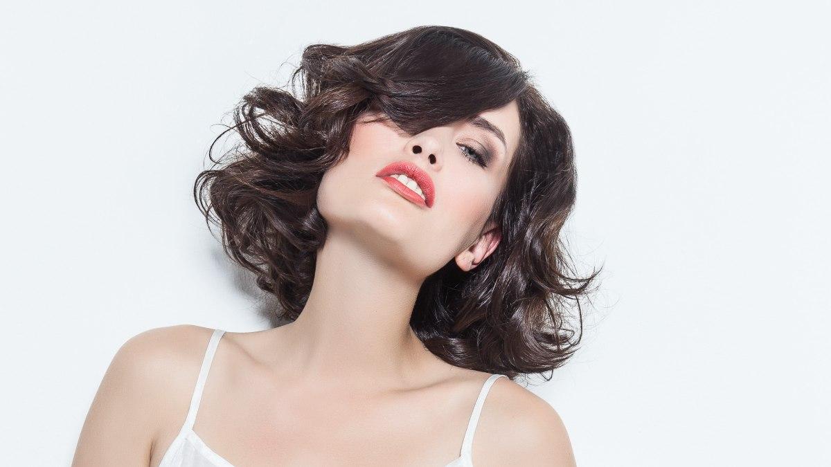 coupe de cheveux d'adolescent garcon