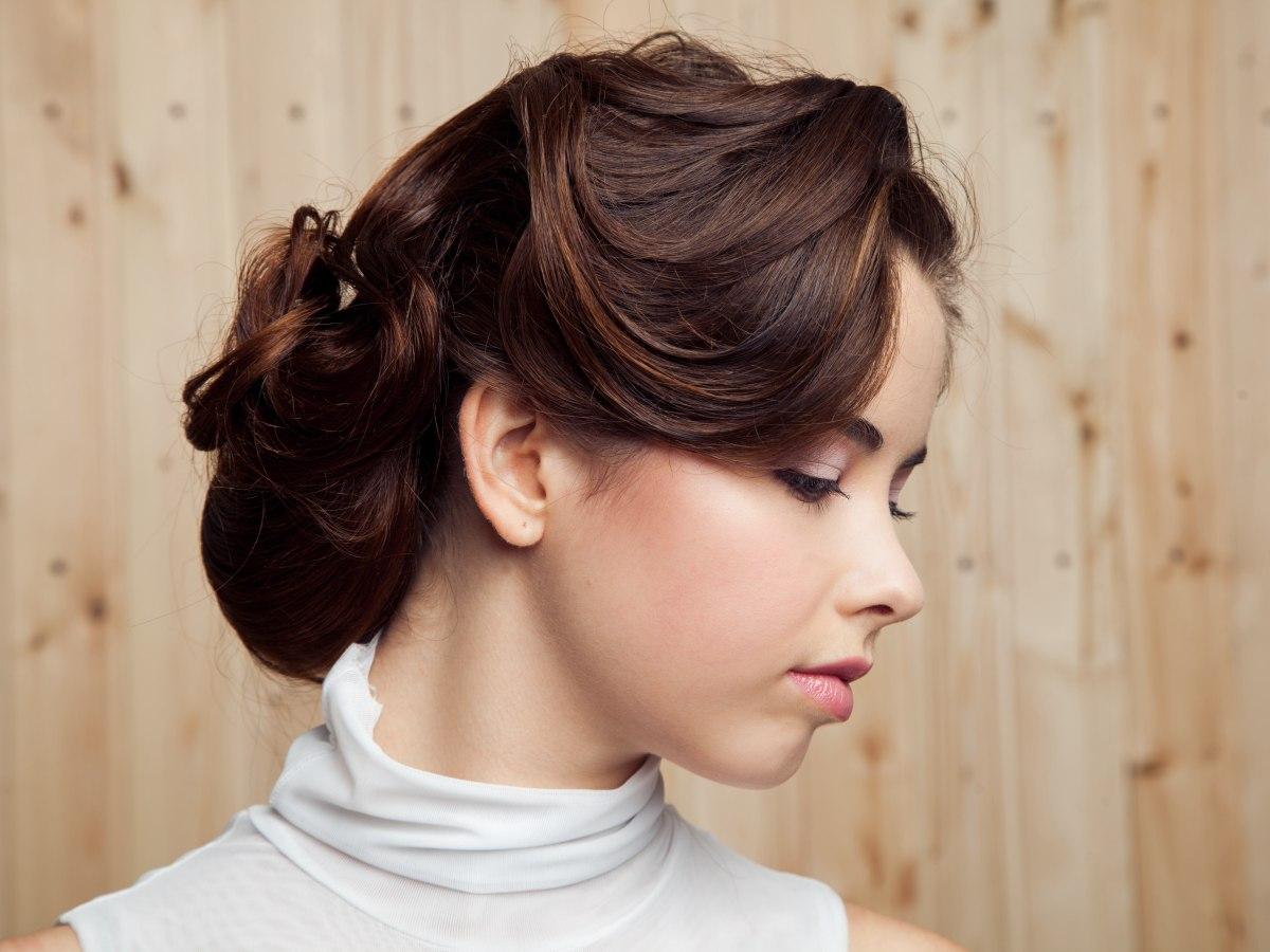 Simple Hair Styles on Comment R  Aliser Un Chignon Tress      La Fran  Aise