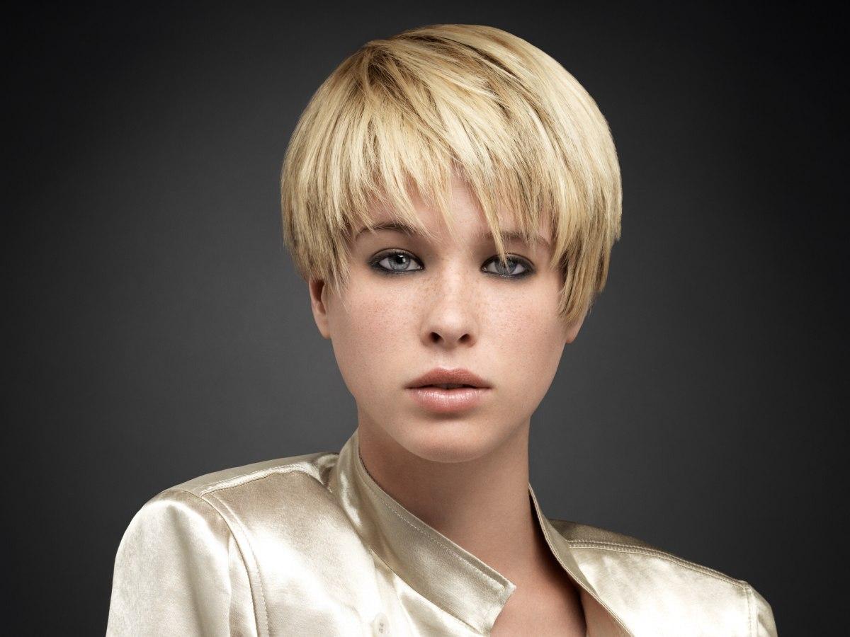 Cheveux Court Frange | wizzyjessicafarah web